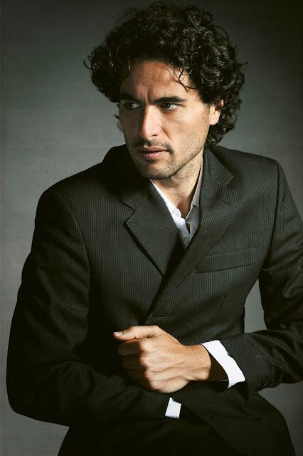 Rubén Arroyo ••• | Actor Guionista